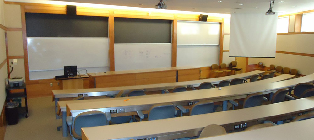 College_classroom2